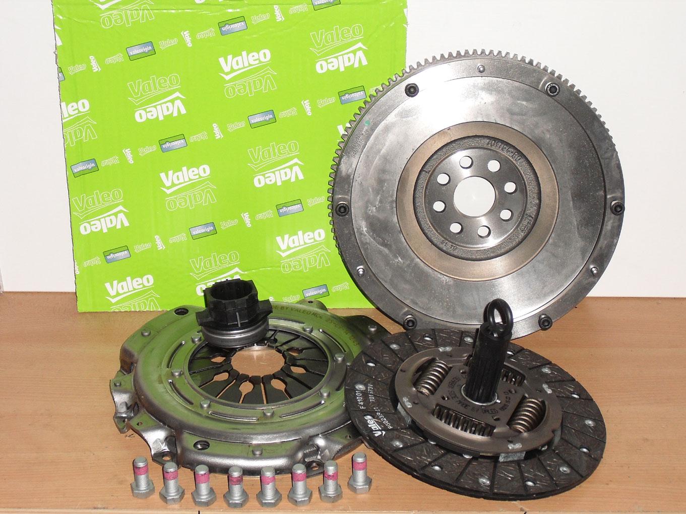 LUK 415048310 Dual Mass Flywheel